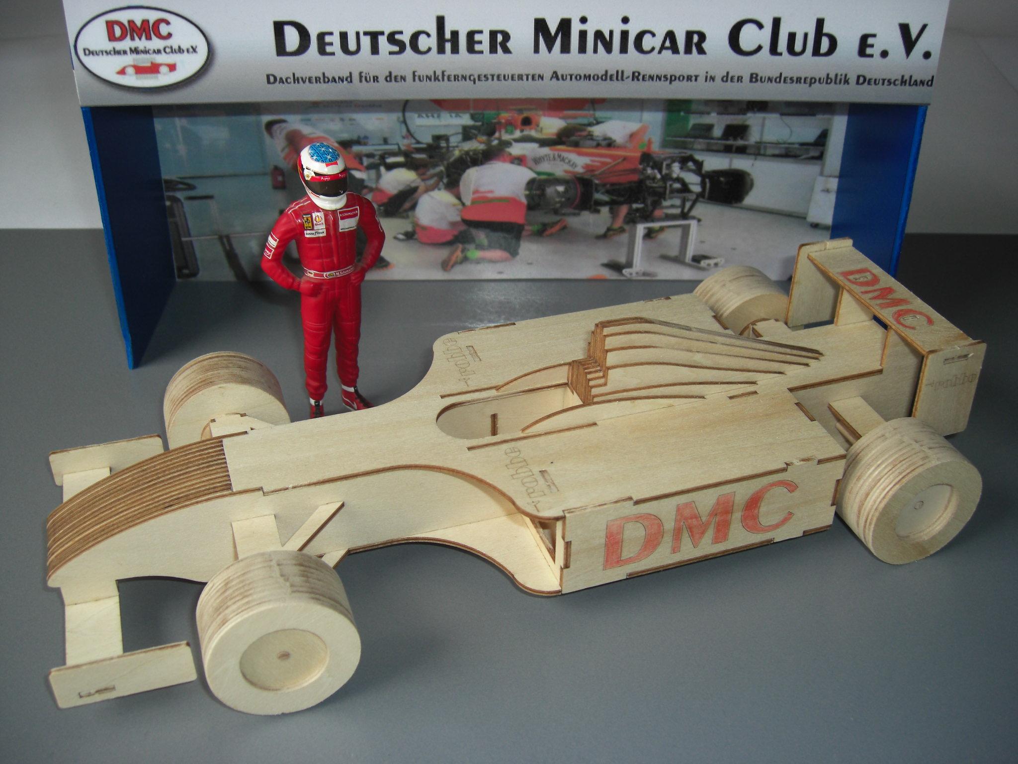 DMC-Holzracer
