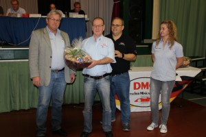 Goldene Ehrennadel: N.Rasch, H.Kroezemann, J.Dragani, S.Langner (l-r)